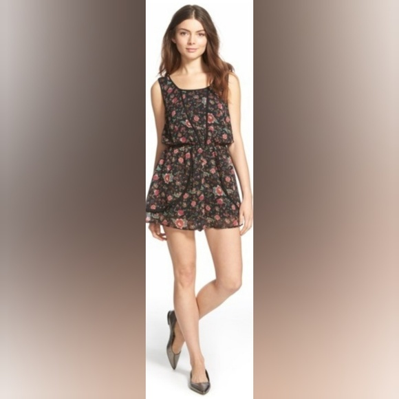 Band of Gypsies Pants - Zoe and Rose  Floral Shorts Romper S